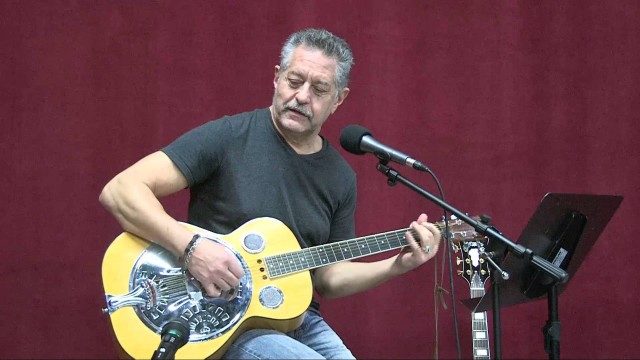 An Acoustic Session with Greg Guba